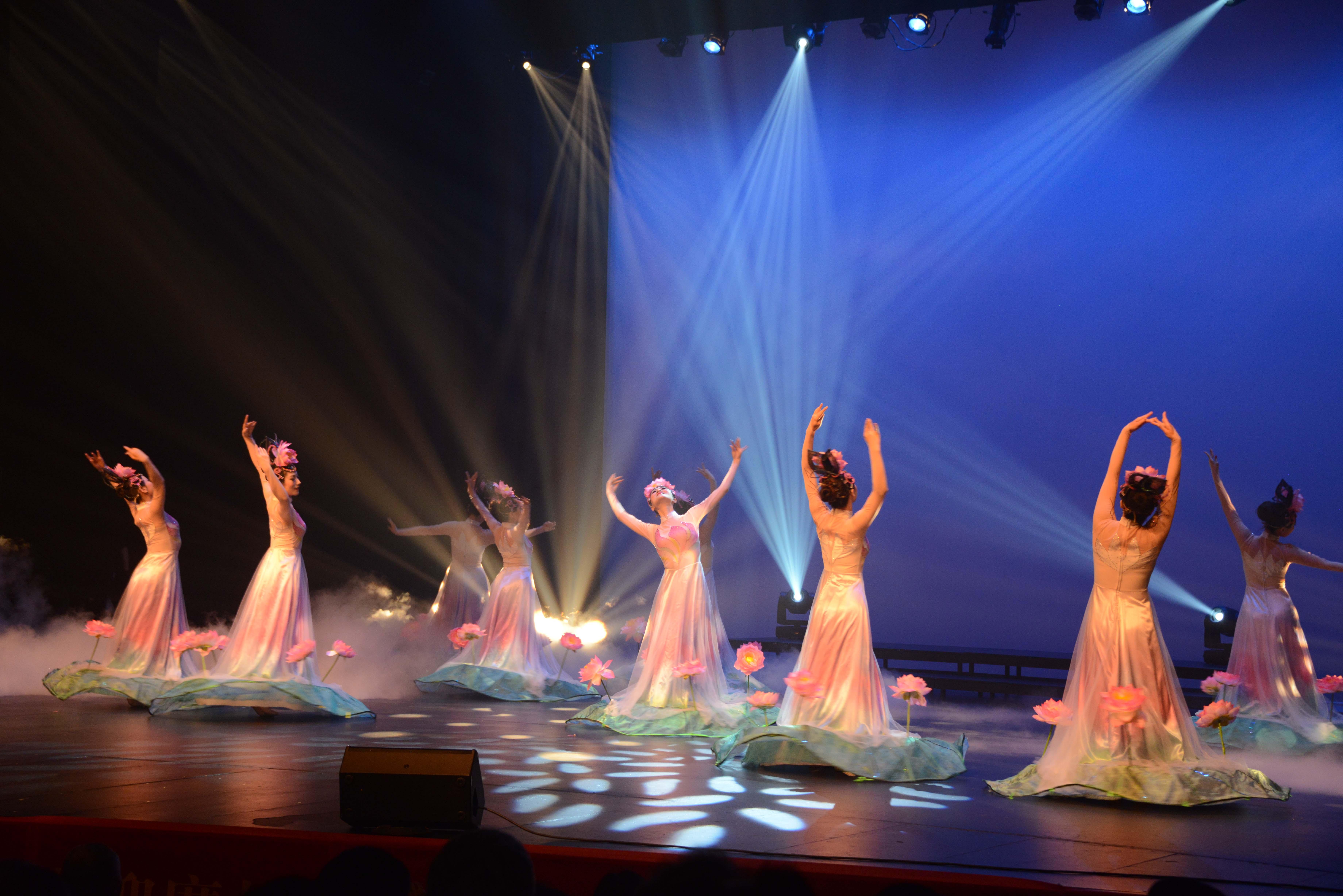 2014 September 18th Performance Image 470